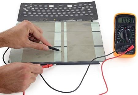 Smart Keyboard pro iPad Pro je neopravitelná, zjistil iFixit