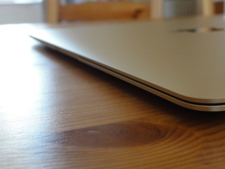 MacBook 5 450x338 - Apple zaříznul 12palcový MacBook. Tedy alespoň prozatím