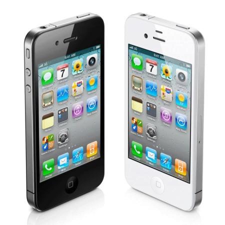 iPhone 4s ve dvou barvách