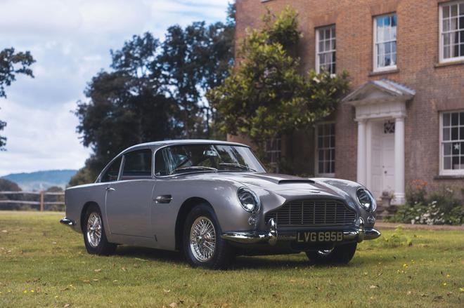Aston Martin Apple Pay
