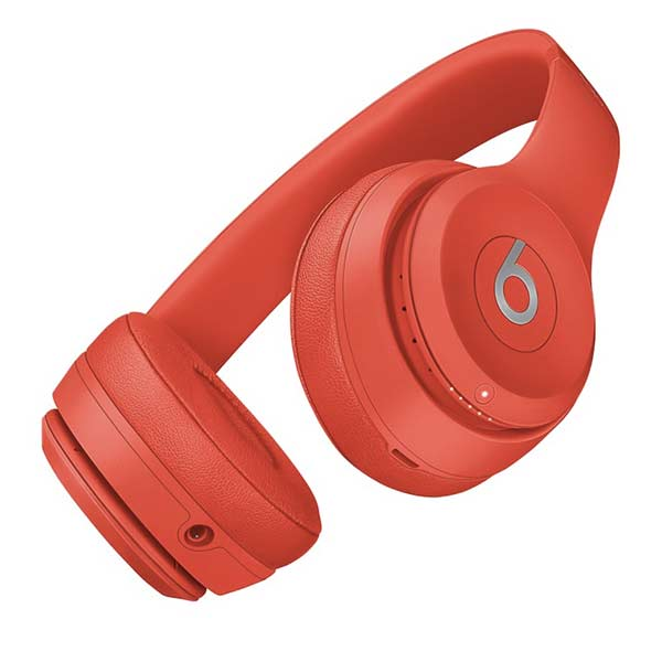 Beats Solo 3 red product