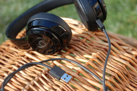 DSC 8188 450x301 - Beats Solo 3 Wireless. Recenze sluchátek od Dr. Dre