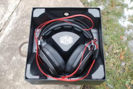 DSC 8218 450x301 - Cooler MasterPulse a MasterPulse Pro – sluchátka filmového Otíka