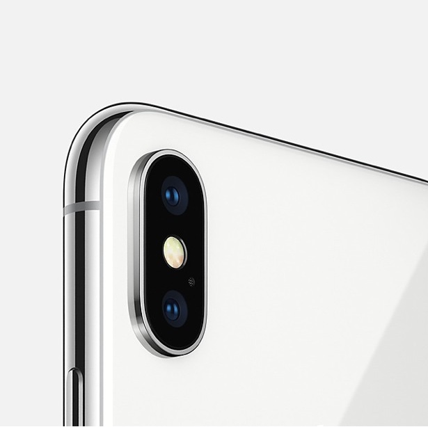 předobjednávky iPhonu X, první dojmy z iPhonu X