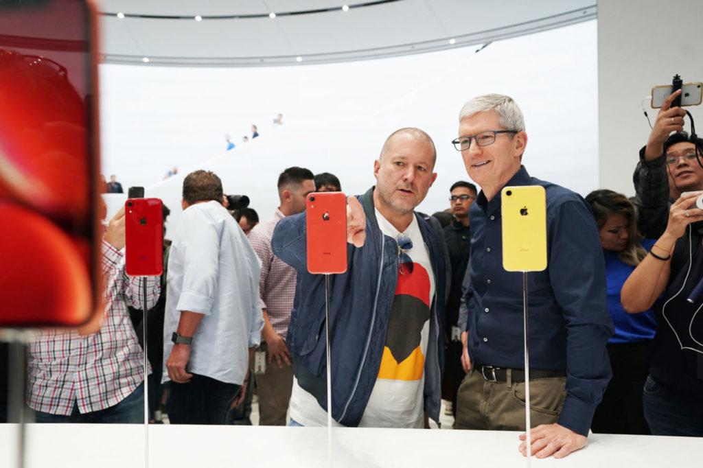iPhone XR při uvedení na Keynote