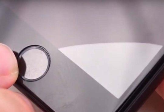 jak nalepit sklo na mobil