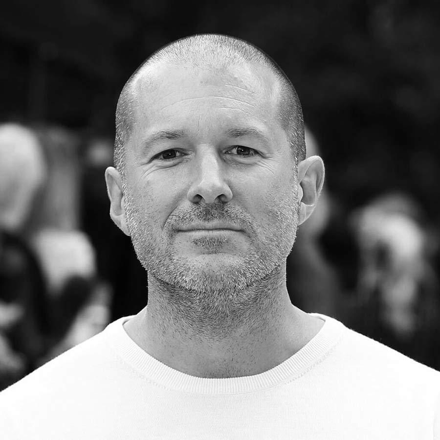 Jony Ive - Apple záruka trvá opravdu jen jeden rok, zákon nám ale dává dva