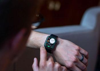 Jak přidat ciferník do Apple Watch