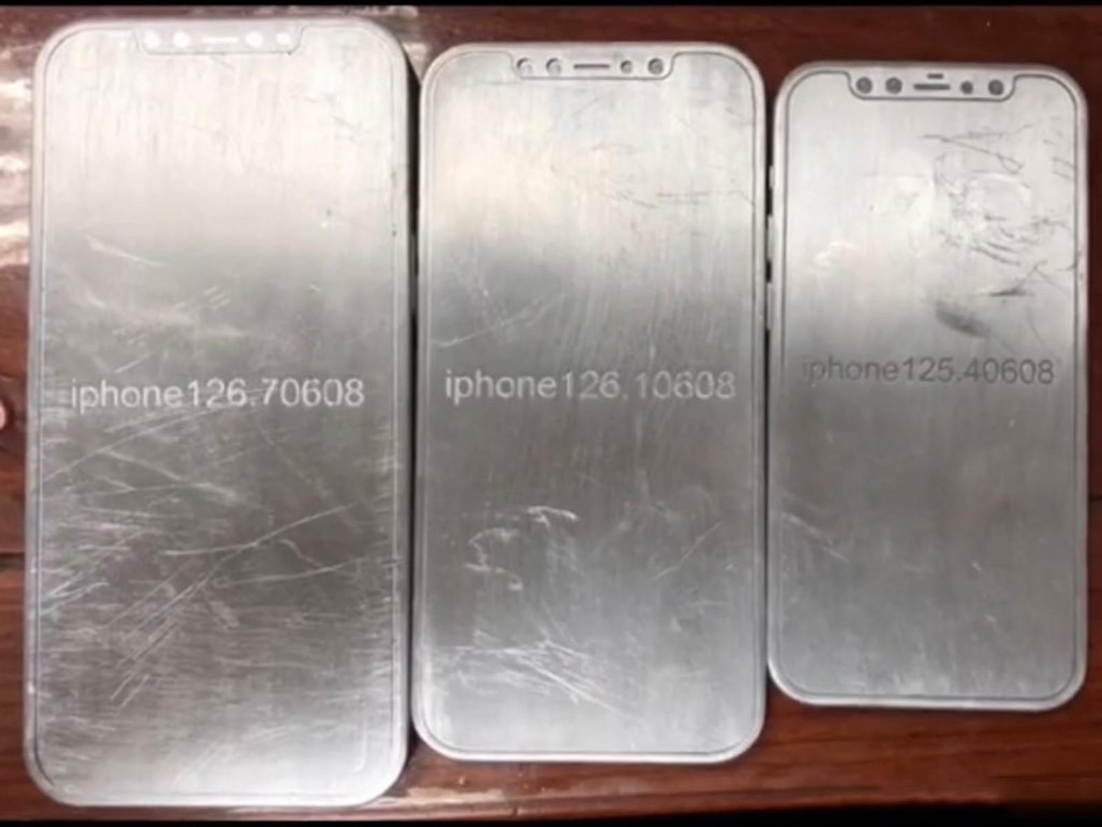 Nový iPhone 12 CAD