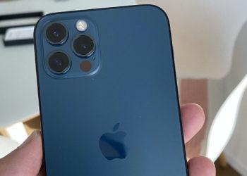iPhone 12 recenze