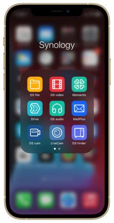 Synology aplikace 230x450 - Synology iPhone využije na maximum. Co umí iOS aplikace?